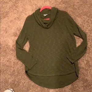 DKNY scoop sweater NEVER WORN size M